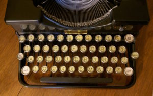 Old Typewriter Dvorak Keyboard